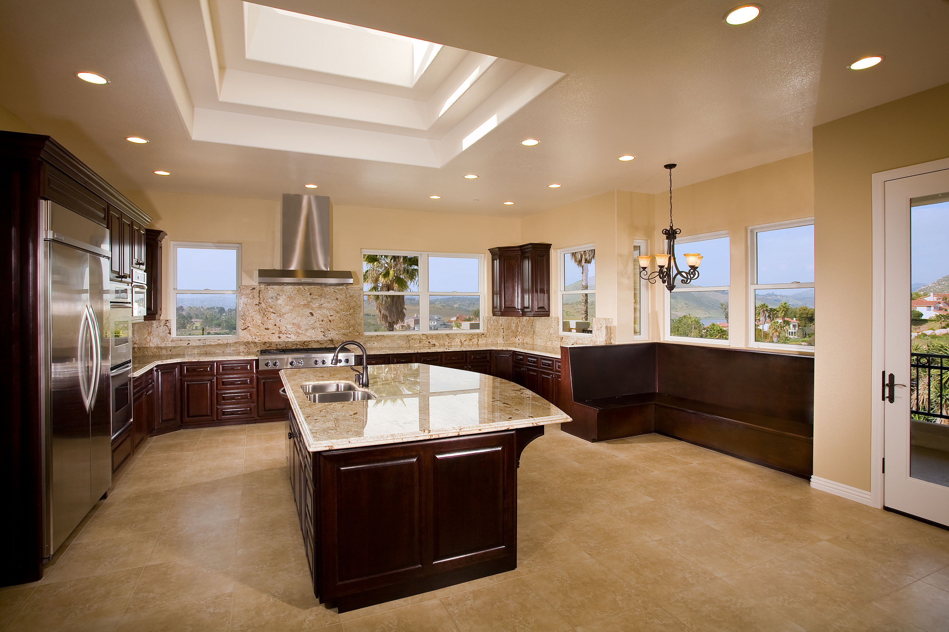 LRO_Oceanside_Kitchen_2790-11x8v3
